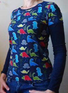 dámské tričko s dinosaury, ručně šité, vyrobené v čr, dlouhý rukáv, je to bájo