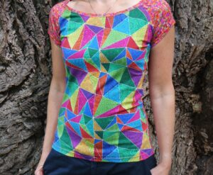 jetobajo dámské tričko s krátkým rukávkem, barevné, červené, vzor mozaiky.