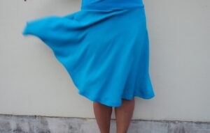 modrá vizkozova sukně, pulkolová. vyrobeno v cr. jetobajo